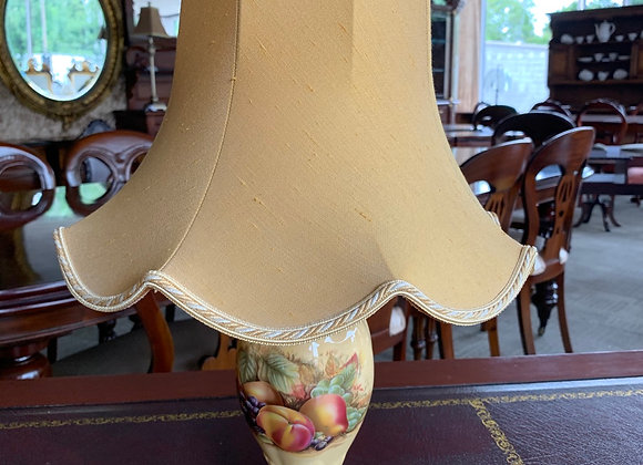 Aynsley 'Orchard Gold' windsor table lamp and shade