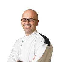 Chef Oscar Pasinato