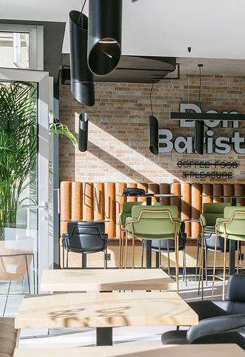 Caffe DON Barista 1-30.jpg