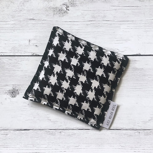 Houndstooth Boo Boo Pack