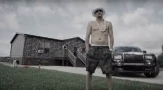 Why Kid Rock Loves his Mossy Oak Wrapped Manufactured Home