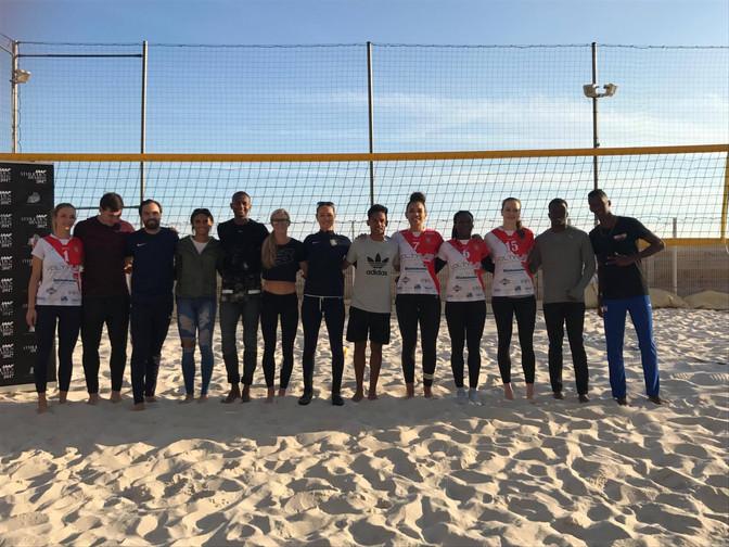 """""""Quand les champions se mettent au beach volley"""""""