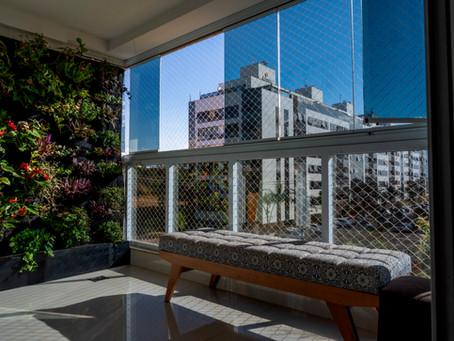 Sala de estar - Parede Verde - Jardim Vertical exuberante