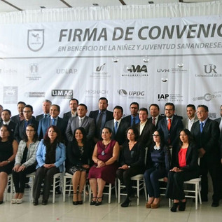 CME Universidad firma convenio Becas San Andrés Cholula