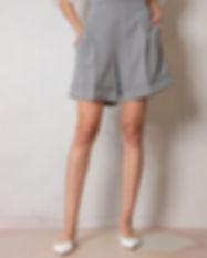 pantalone-bermuda-in-vichy.jpg
