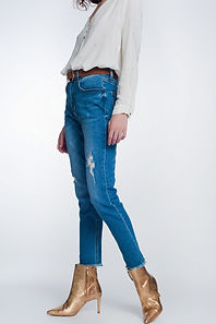 straight-fit-jeans-with-knee-rip-in-mid-