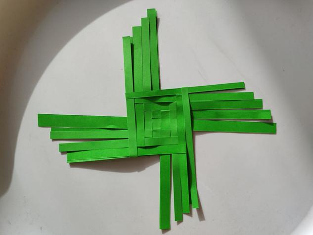 SK Brigid's Cross.jfif