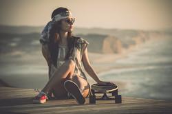 women-skateboarding-sports-beach-wallpap
