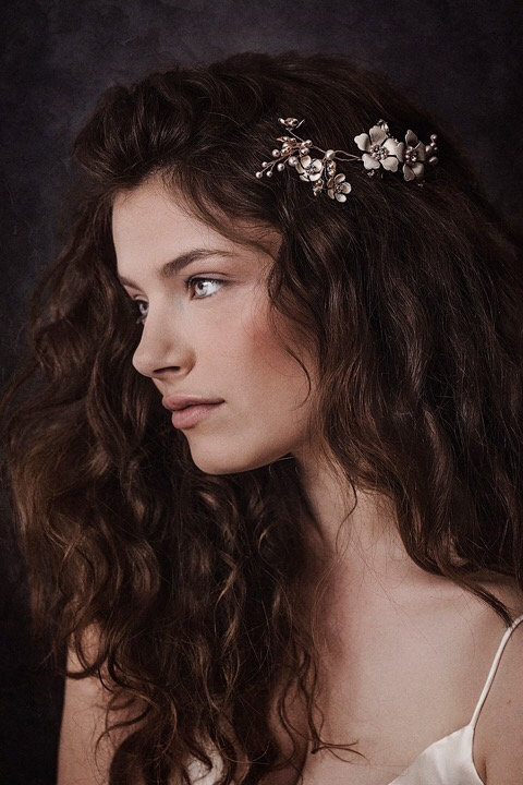 Ariana RoseGold Floral Comb GD180126