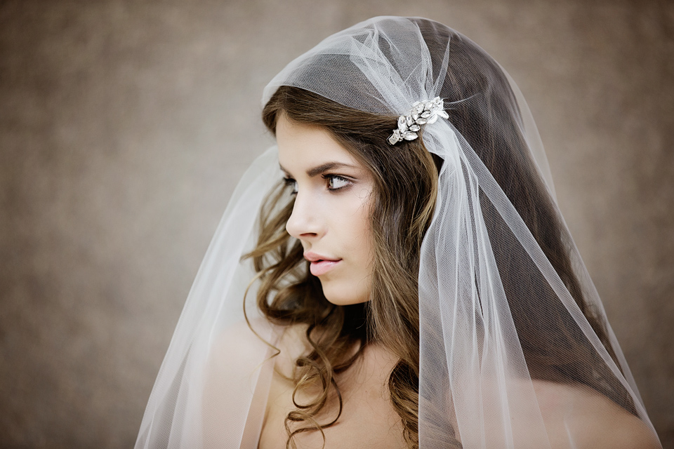 Juliet cap veil,