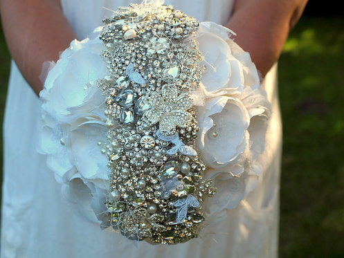 BRIDALBROOCH BOUQUET