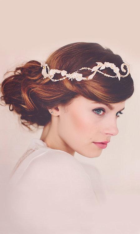 the Eliza Pearl Hair Vine #151
