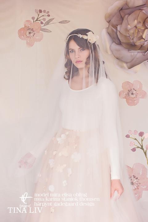 Phoebe bridal flower crown