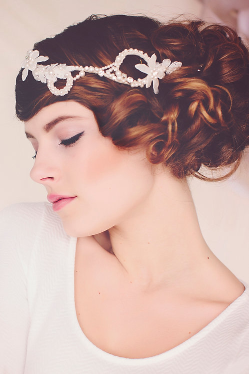 the Olivia Pearl Hair Vine #146