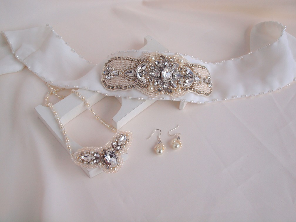 wedding hair accessories, bridal hai