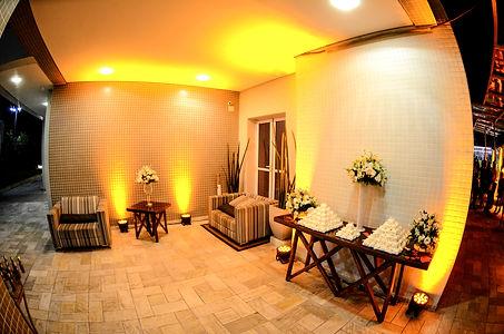 Iluminação Cênica em Led : Casamento, Aniversários, Eventos Sociais e Corporativos;