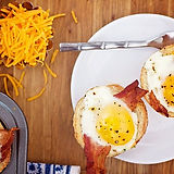 11619910-Bacon-Egg-Toast-Cups-261-650-50