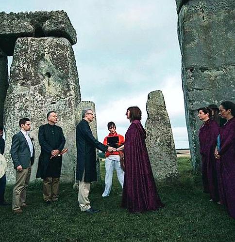 wedding ceremony at stone He