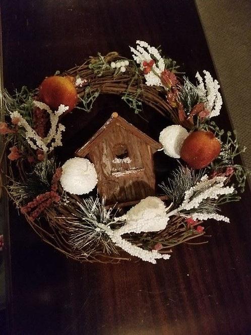 Bird House Christmas wreath, Very Good condition