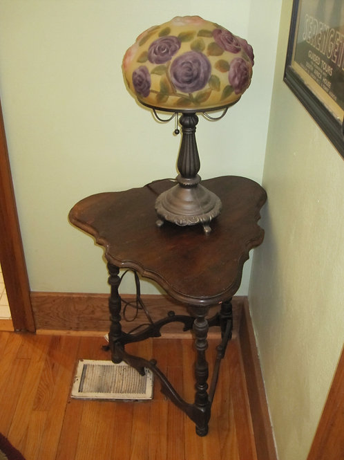 Antique lamp leaded glass