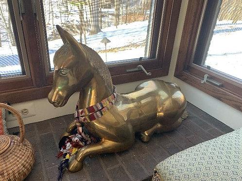 Brass horse 3'