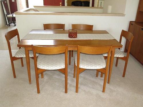 Moreddi Denmark Dining Room Table w/ Self Storage
