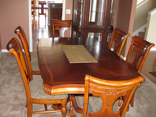 Solid Maple inlay-ed wood Dining room table & 6 chairs , excellent condition
