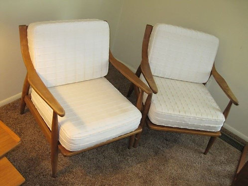 Pair of Viko Baumritter Lounge chairs Very Good condition