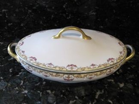 Porcelain covered dish
