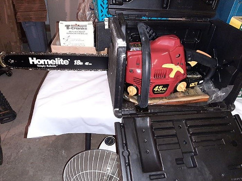 18 inch Homelite Chainsaw with Case