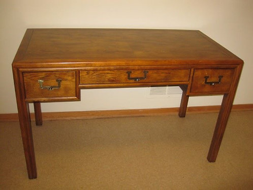 Henredon Desk VG condition