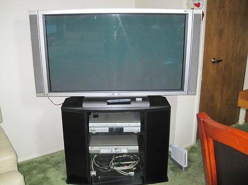 """Plasma 2003 50"""" TV works"""