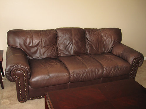 Leather sofa VG condition