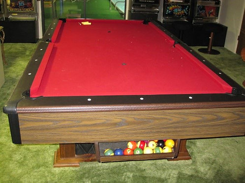 8' pool table vg condition