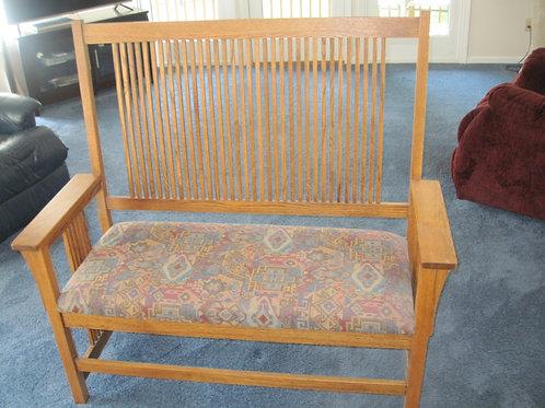 Oak mission style bench excellent condition