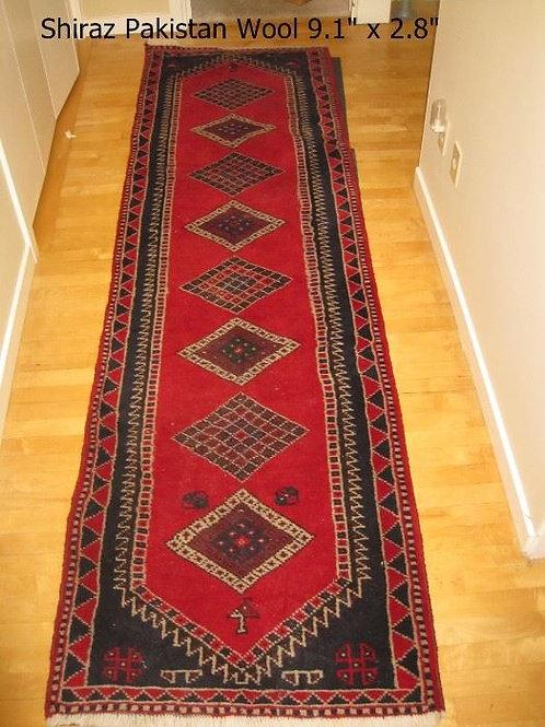 "Persian Shiraz hadwoven all wool 2'8"" x 9'10"", Very good condition"