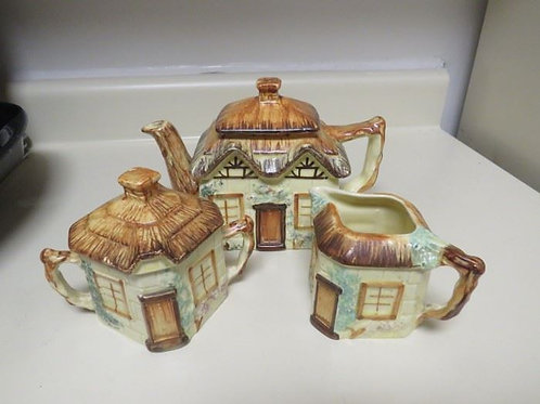 Keele Street England tea pot and cream & sugar, vg condition no chips or cracks