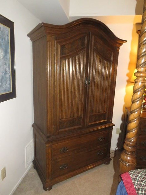 "Ethan Allen Solid Oak Armoire Royal Charter Collection, VG condition, 40"" W x 74"
