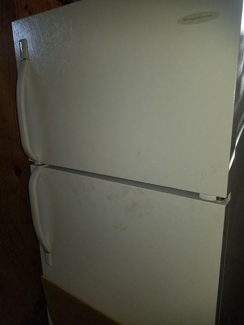 2005 Frigidaire Fridge/Freezer