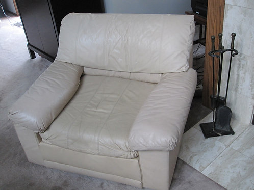 Stratford Leather Chair, shows average wear