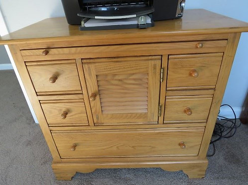 """Lexington Oak bedside table VG condition, 32x18x29"""""""