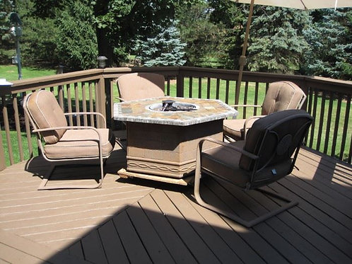 4 Outdoor Patio chairs vg condition