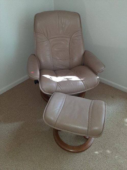 Ekornes Chair & ottoman