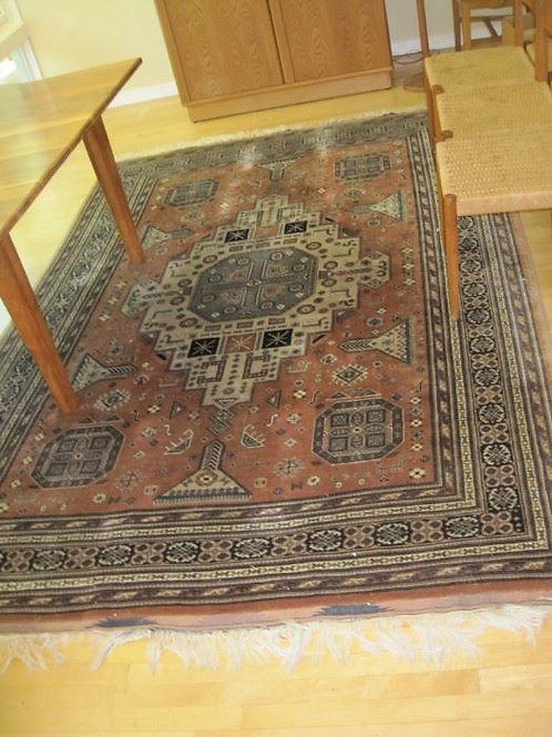 "Pakistan all wool handwoven rug, 9'7"" x 6'6"", Very good condition"