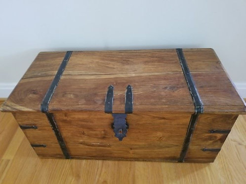 Antique Trunk 3.5'