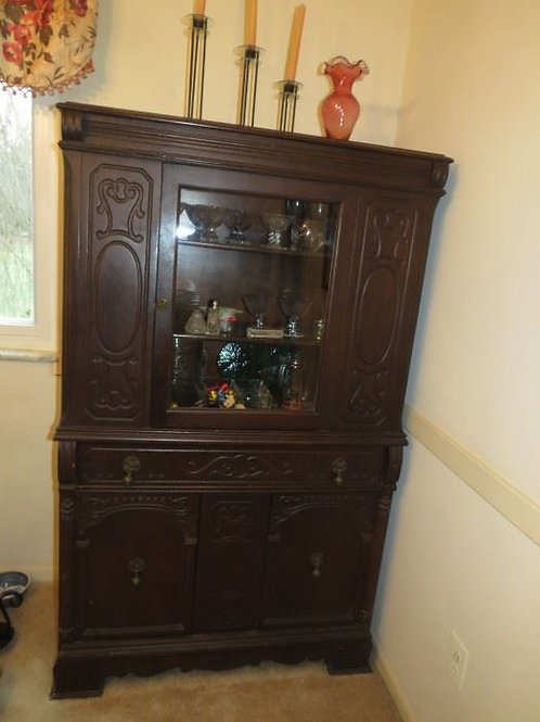 Arts & Crafts China Cabinet 6', VG condition