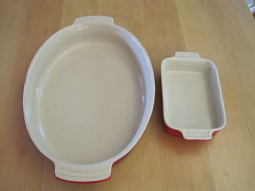 2 Le Creuset stoneware VG condition, 14 & 7""