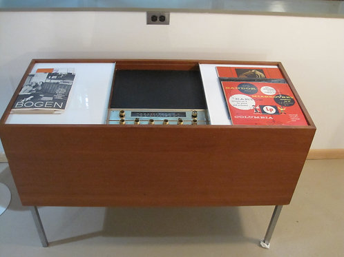 MCM Bogen Stereo console