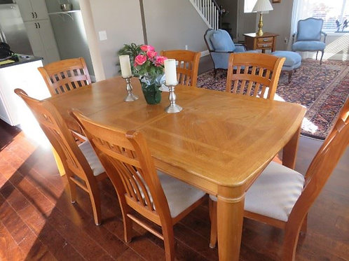 """Oak dining room table, 6 chairs, mild wear on top, 76 x 40"""", 18"""" removable leaf"""