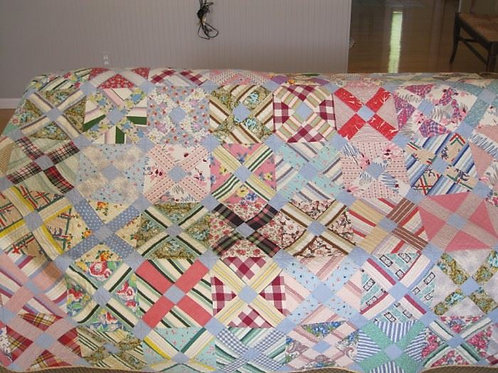 Vintage hand stitched quilt 80 x 80 VG condition